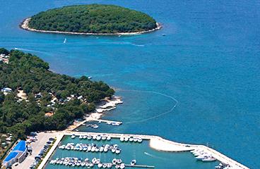Strand en zwembad op istra premium camping resort camping adriatic